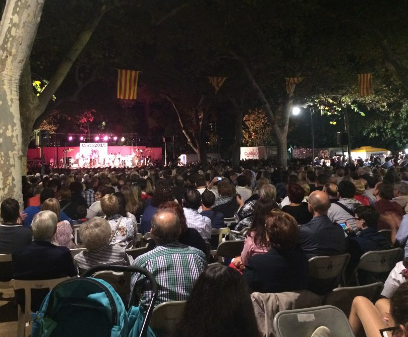 The final night of the Festes De La Cinta. Note the presence of grey hair and prams at this midnight concert.