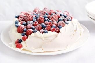 berry-pavlova-22585_l
